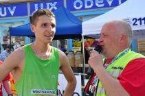 Sportovní ředitel Erik Řezník zpovídá Jana Kohuta.